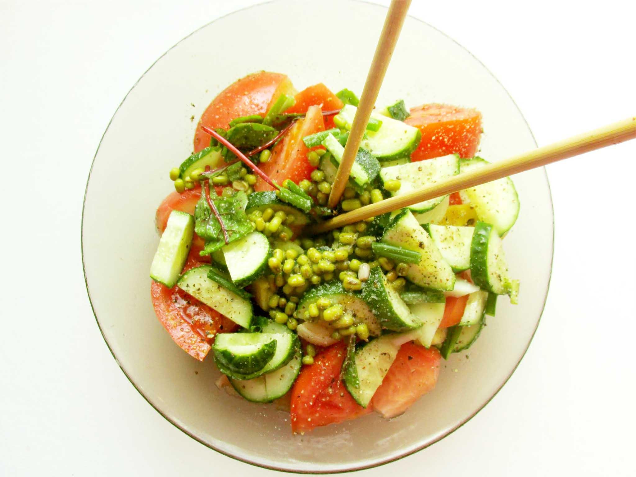 Сыроедческие салаты