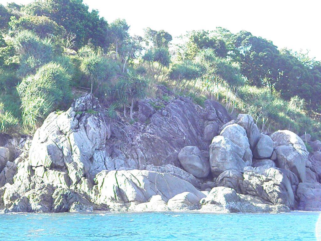 природа вода море отдых лодка пальма вода песок гора камни лето теплые страны