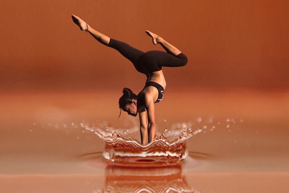 Когда вы практикуете йогу, внутренние органы массируются, тем самым повышая вашу устойчивость к болезням
